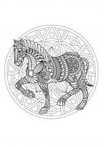 Coloriage Mandala Animaux Facile A Imprimer.Mandalas Sur Le Theme Des Animaux 100 Mandalas Zen Anti Stress